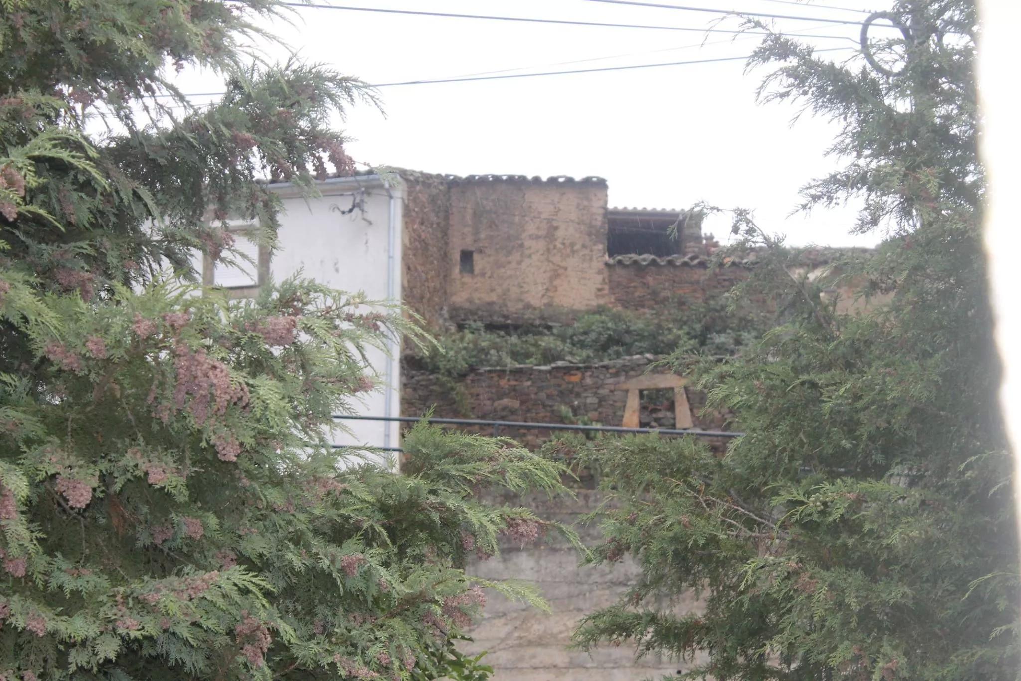 Casas de l tiu Arán i de l tiu Ferreiro bistas de l Pilo