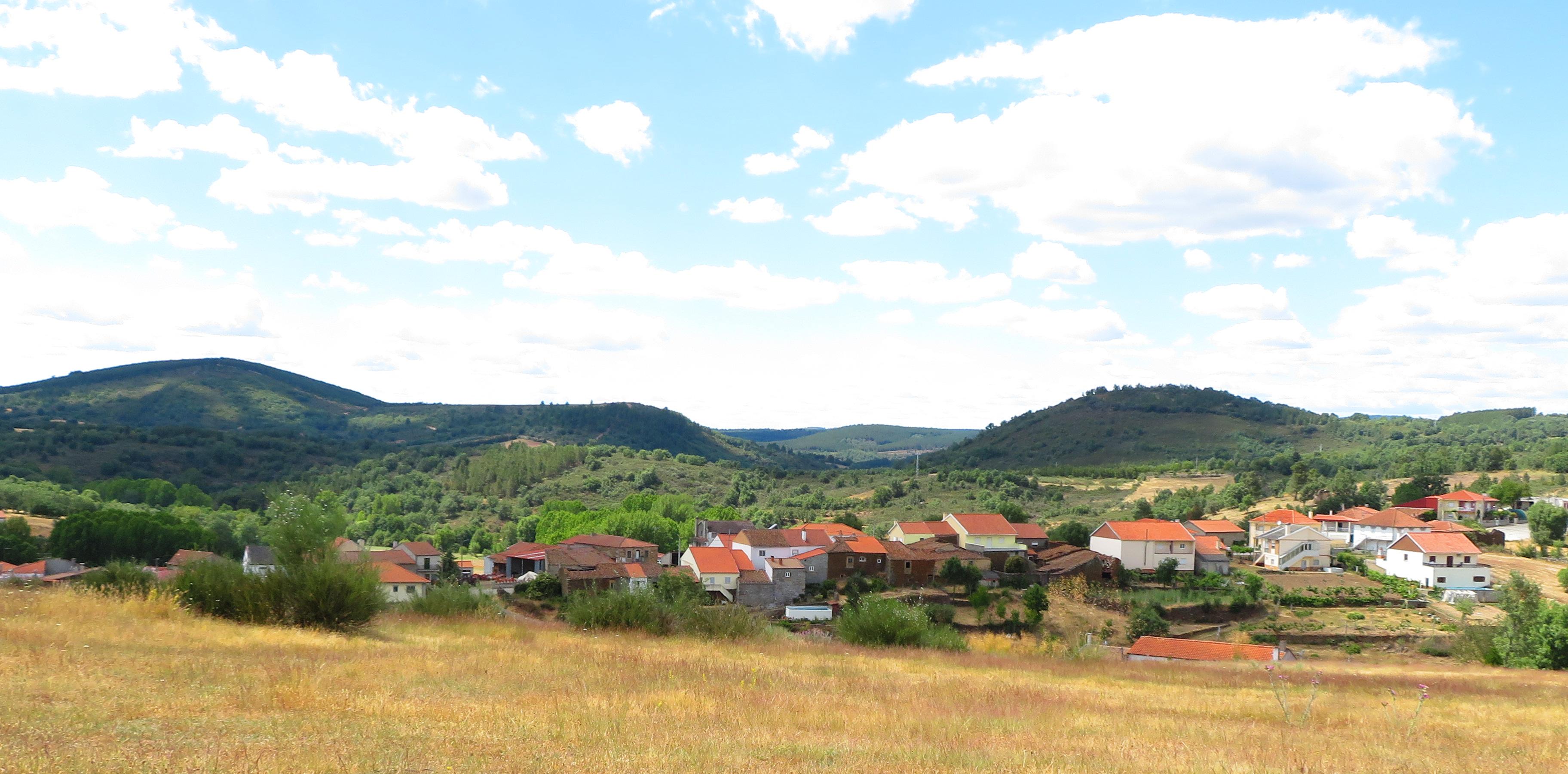 Angueira-povoação vista das Eiras Grandes